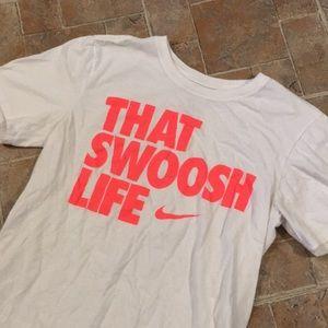 Nike Shirts - Nike short sleeve t-shirt size men's small